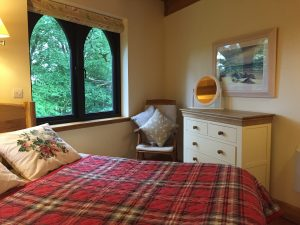 kinlochlaich treehouse bedroom